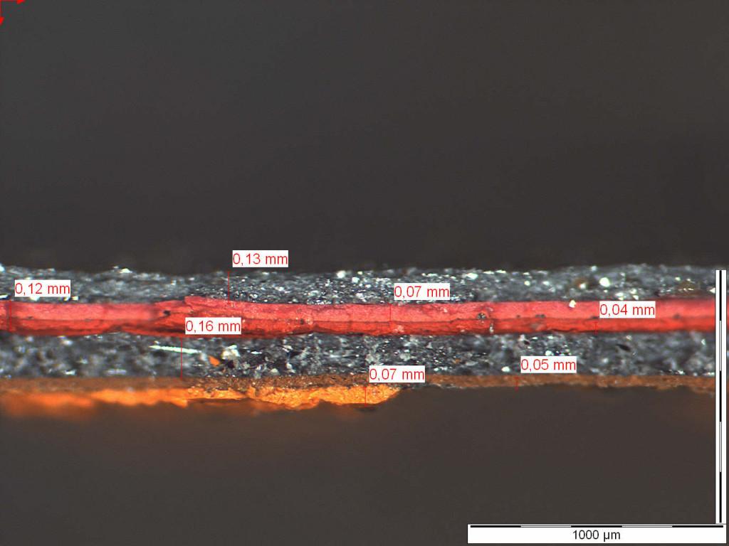 Mikroskopische Aufnahme zur Bestimmung eines Beschichtungsaufbaus auf Stahl Schichtdicken der einzelnen Lagen